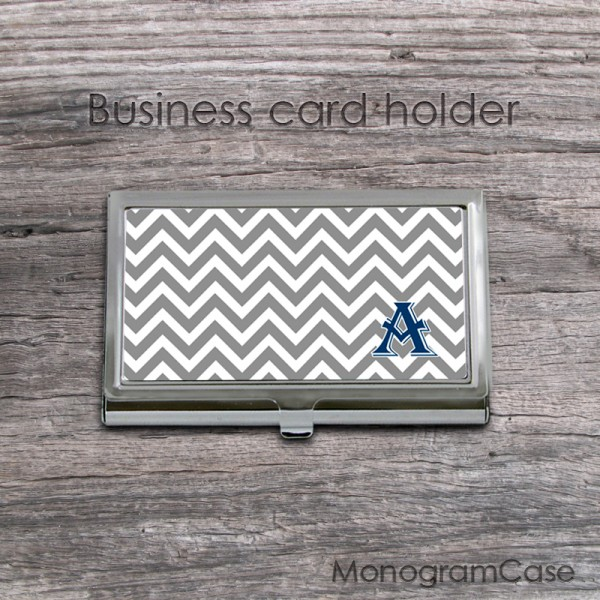 Slim chevron in two colors on stainless steel card case