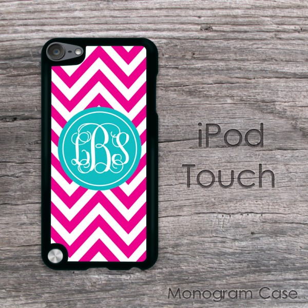 Slight hot pink chevron monogrammed iPod with teal label
