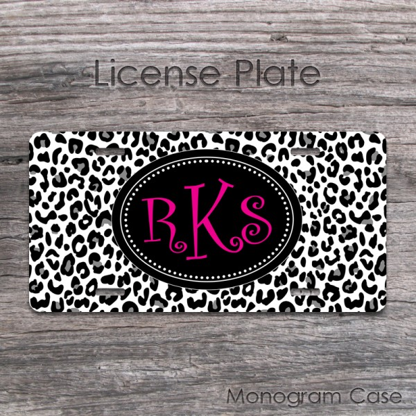 Animal print black and white cheetah front plate hot pink monogram design