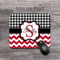 Black white houndstooth pattern red shevron style mat