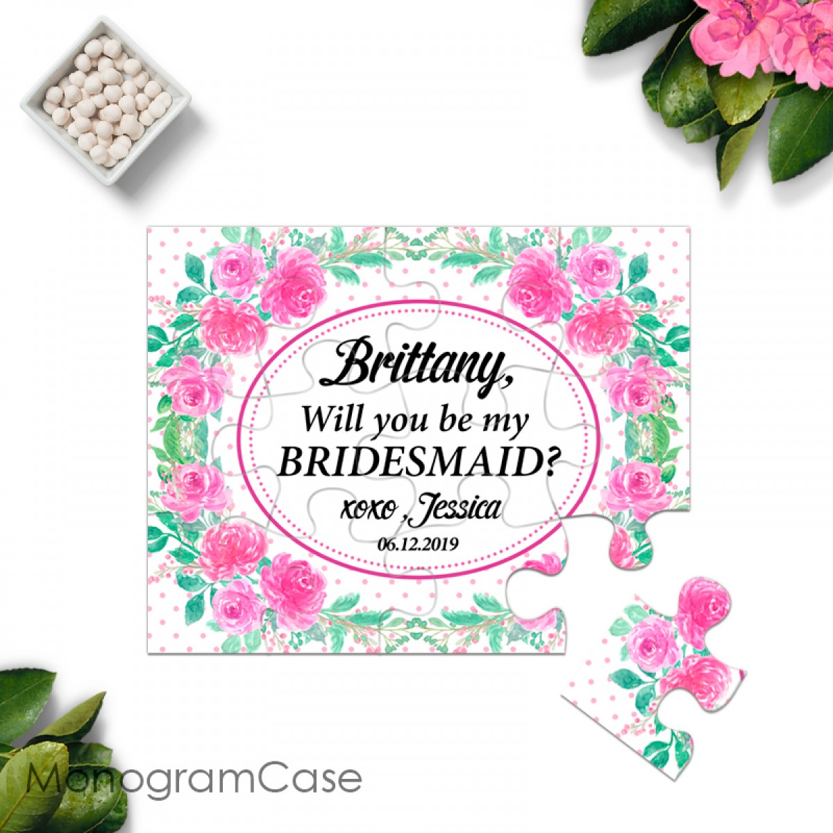 Innovative Way To Use Small Puzzle As Wedding Invitation