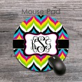 Boho chic mixed colors chevron monogrammed round mousepad